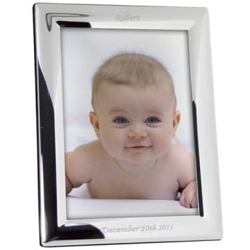 engraved-silver-frame