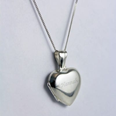 engraved_heart_locket_2__42994_zoom