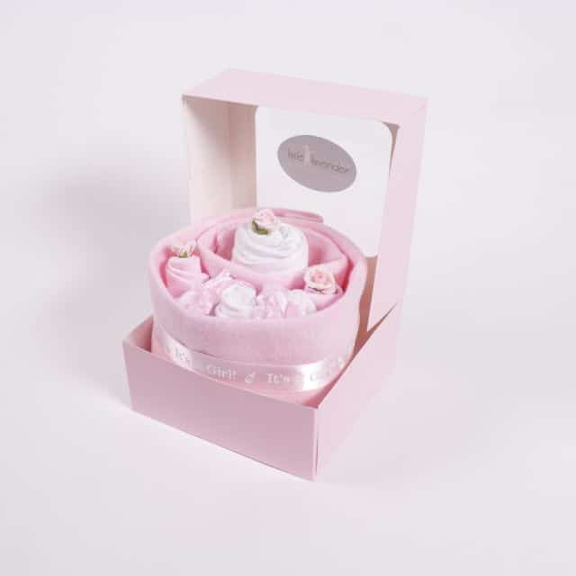Baby clothes cake - It's a girl